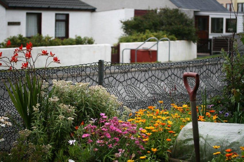 Cerco de jardín tejido con patrón de Shetland Lace | Tejer
